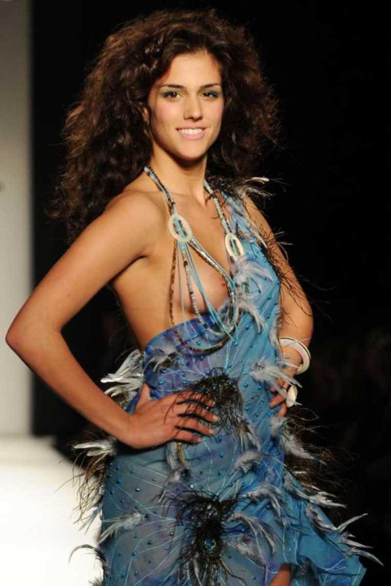海外 ファッションショー画像 59