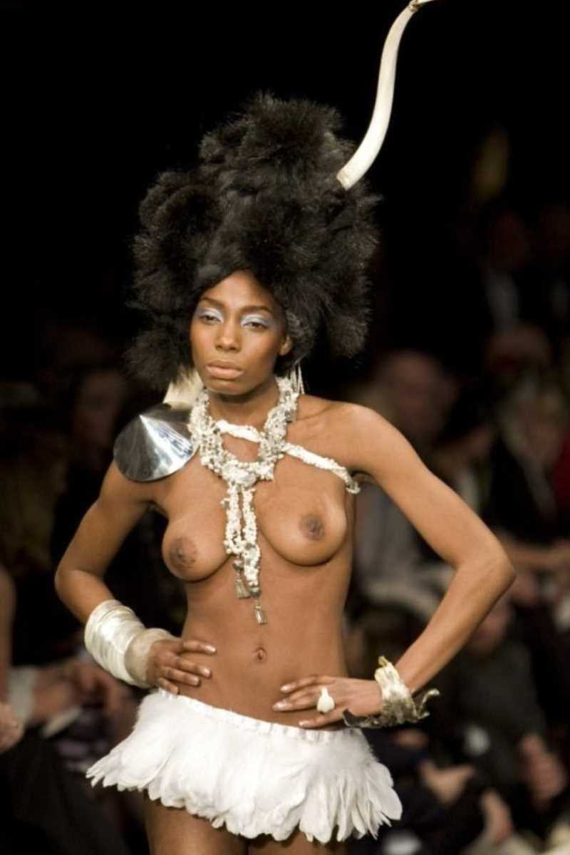 海外 ファッションショー画像 86