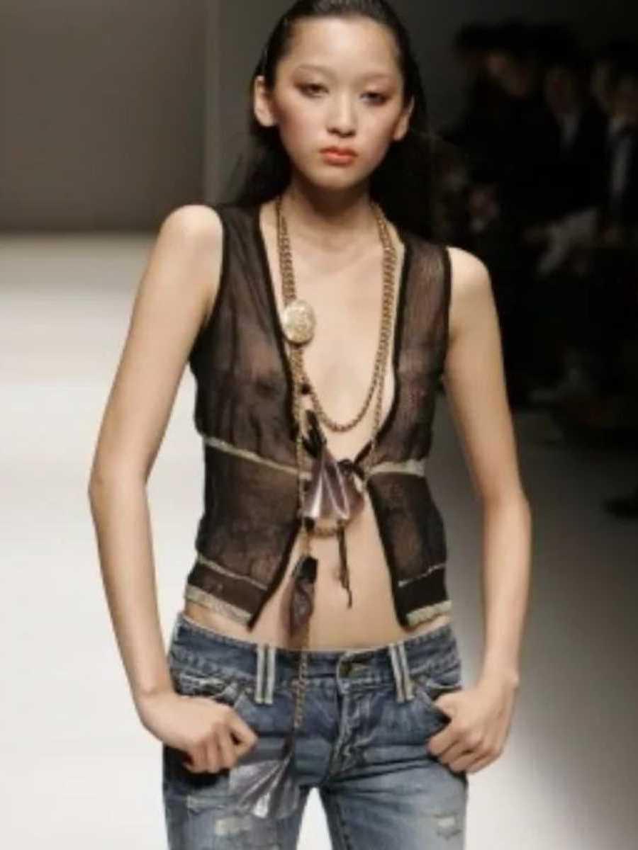 海外 ファッションショー画像 117