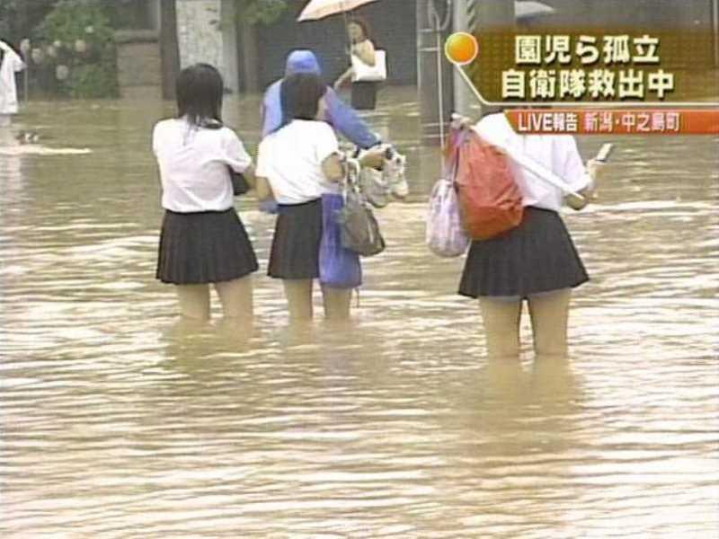 台風 エロ画像 64