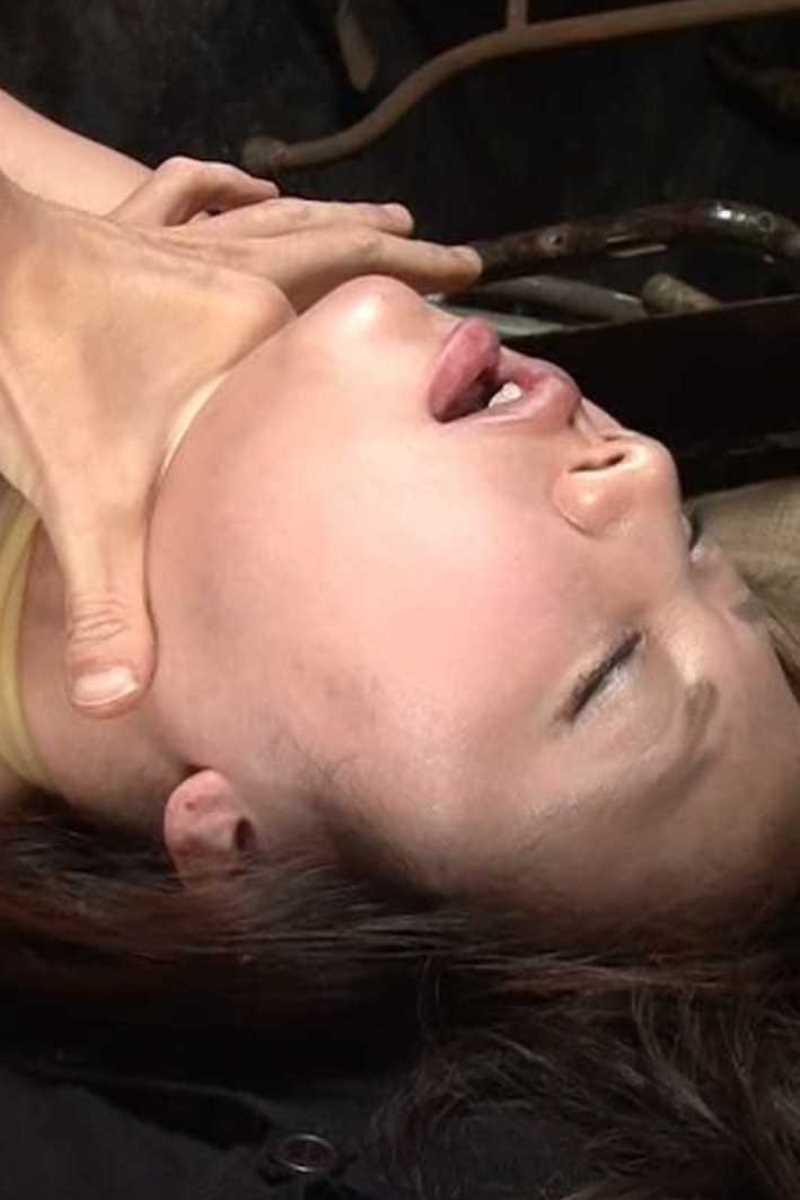 首絞め セックス画像 58