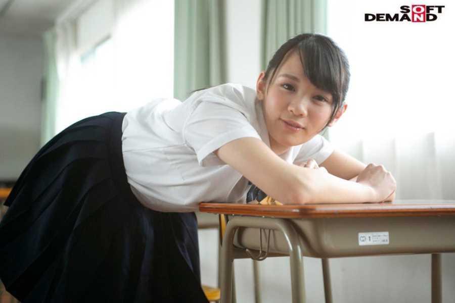 Fカップ美少女 深田みお セックス画像 3