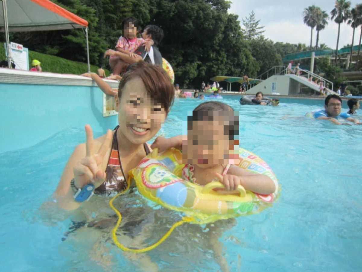 人妻の水着画像 102