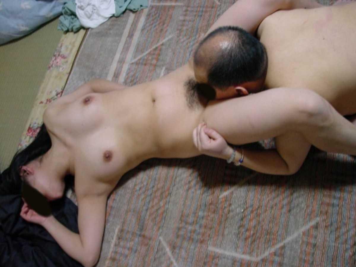人妻 クンニ画像 129