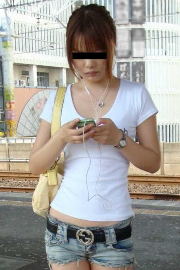 Tシャツ 透けブラ画像 1