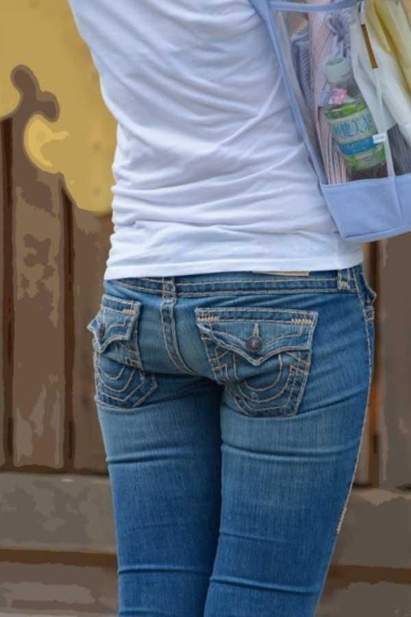 Tシャツ 透けブラ画像 14