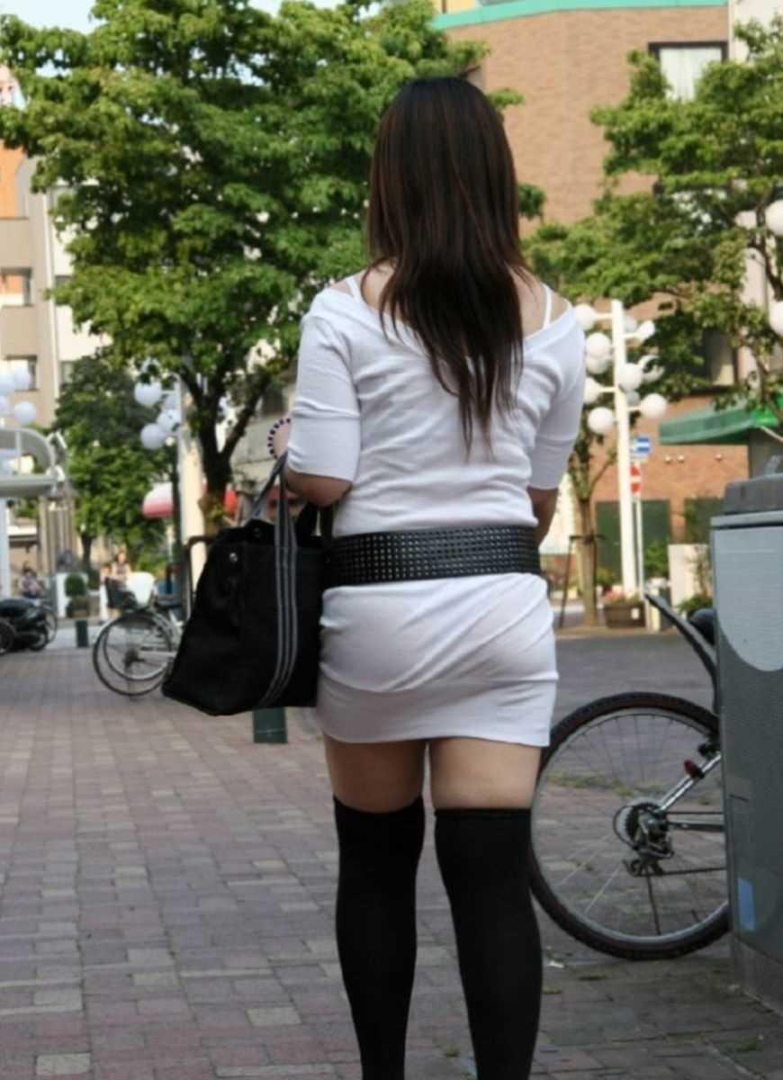 街撮り 透けパン画像 65