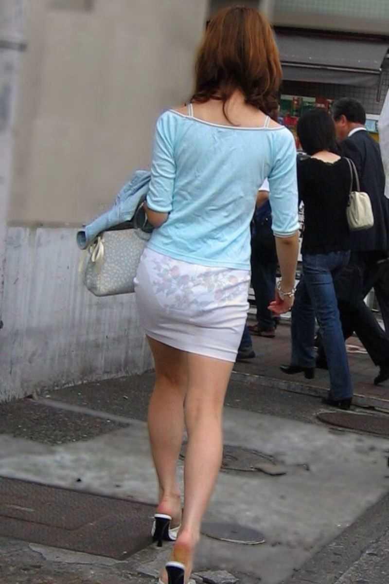 街撮り 透けパン画像 123