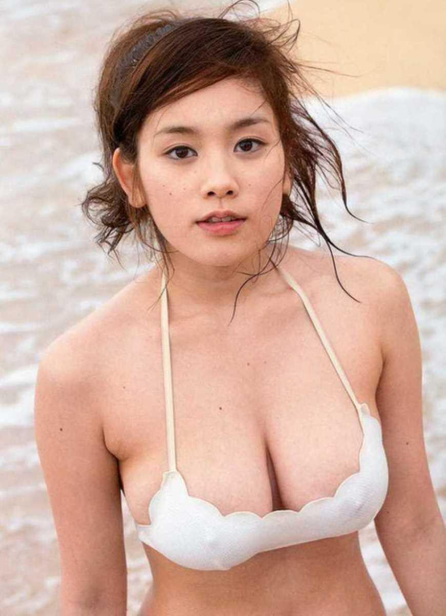 水着姿の芸能人エロ画像 73
