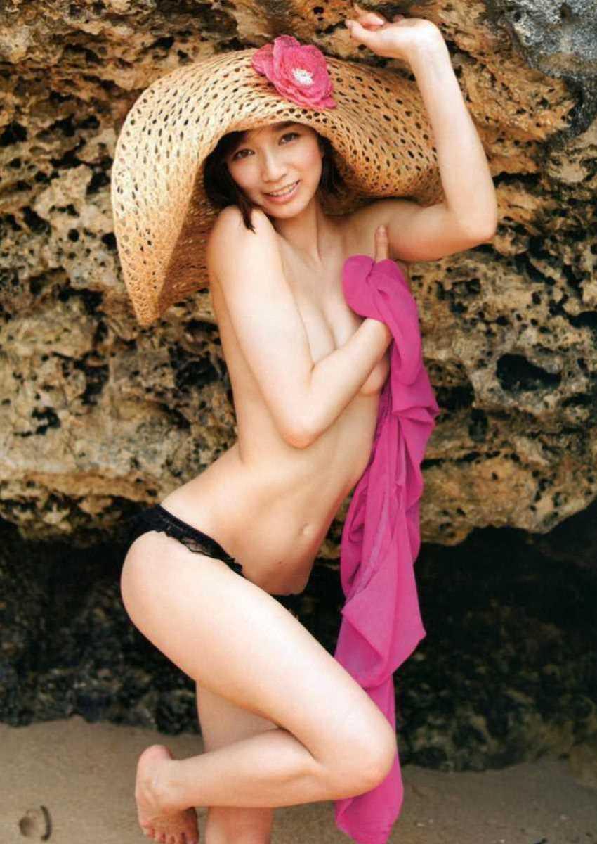 水着姿の芸能人エロ画像 104