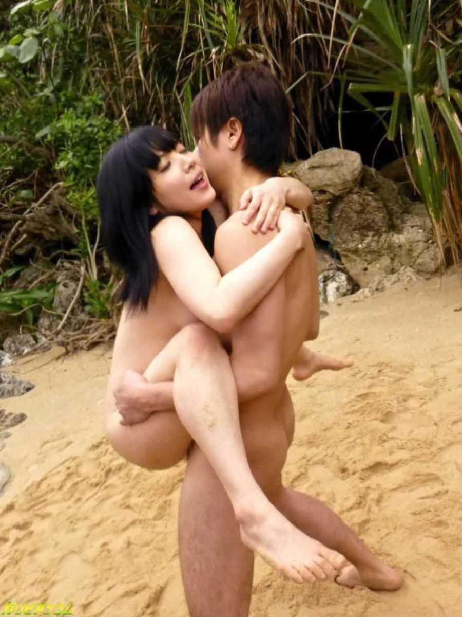 野外のセックス画像 63