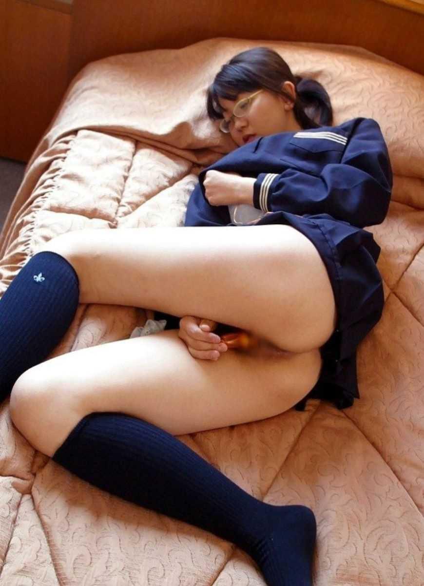 女子高生のオナニー画像 14