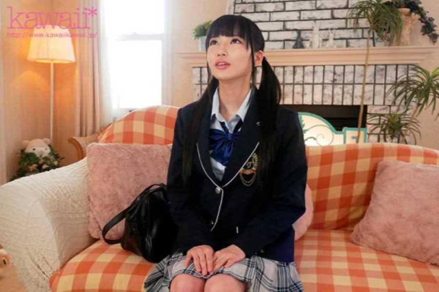 宇佐木あいか 清楚なスレンダー美少女のセックス画像