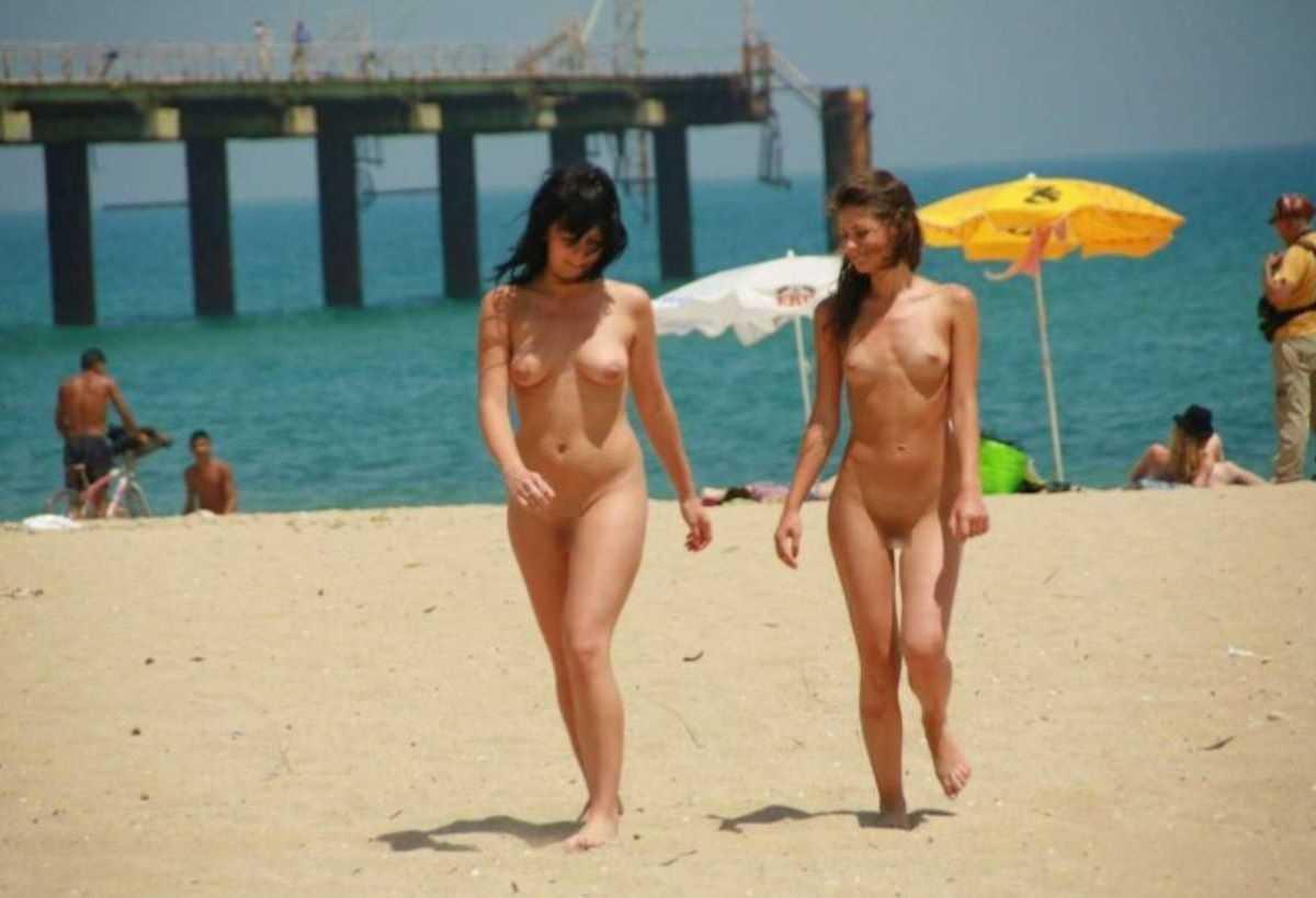 ヌーディストビーチのエロ画像 5