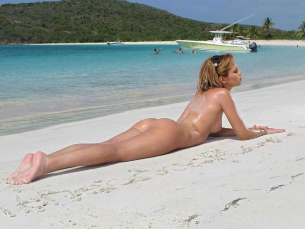 ヌーディストビーチのエロ画像 33