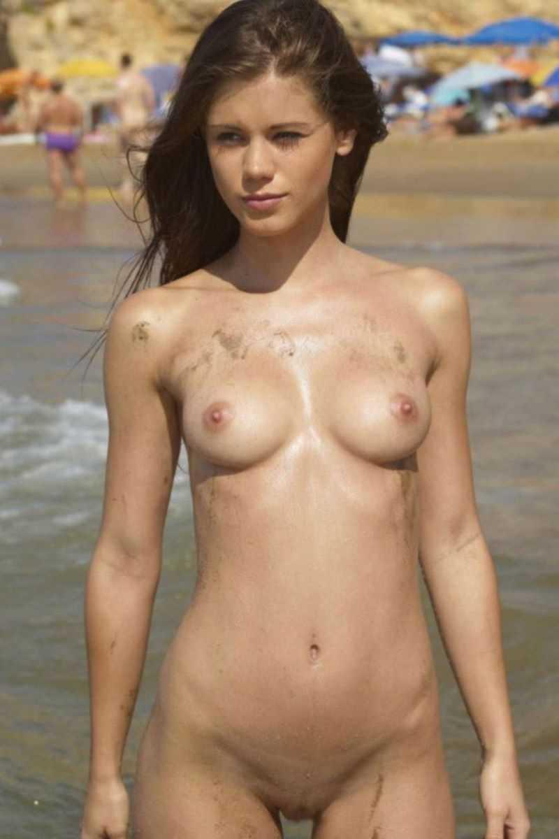 ヌーディストビーチのエロ画像 125