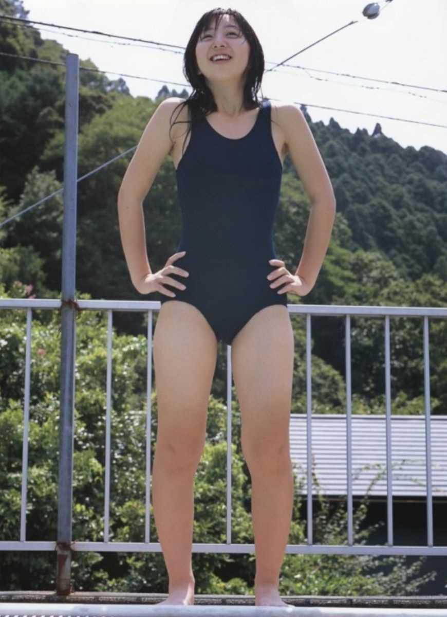スクール水着のエロ画像 70