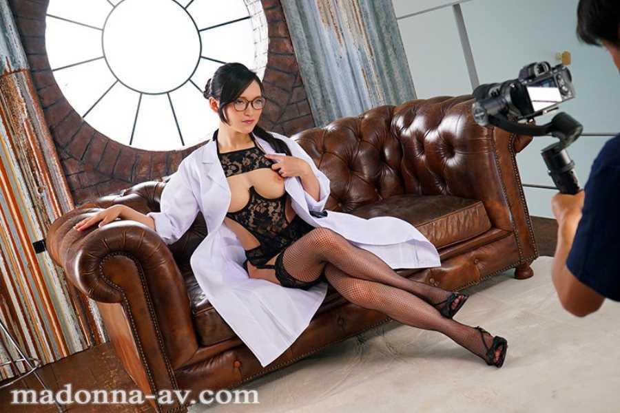 むっつり女医 国仲涼香 エロ画像 6