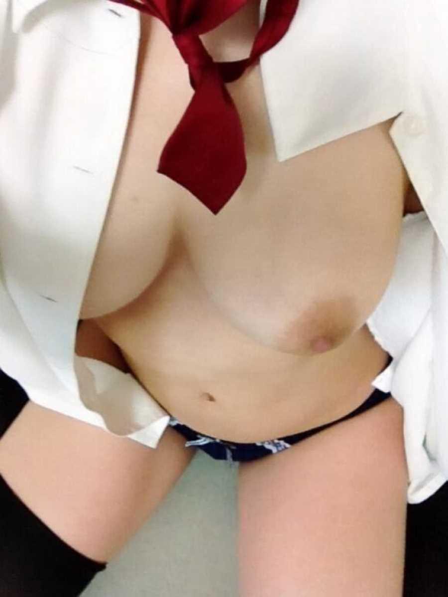 女子高生の自撮りエロ画像 82