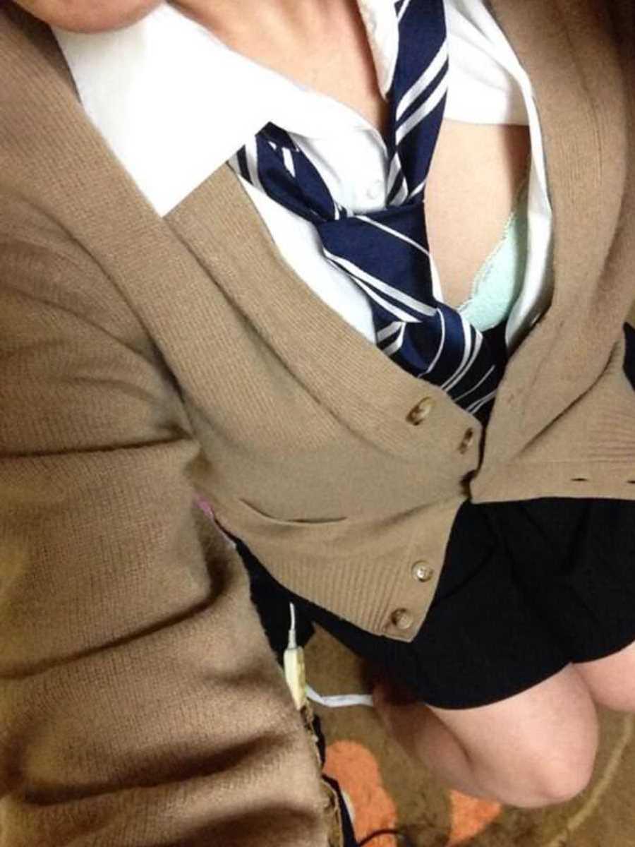 女子高生の自撮りエロ画像 111