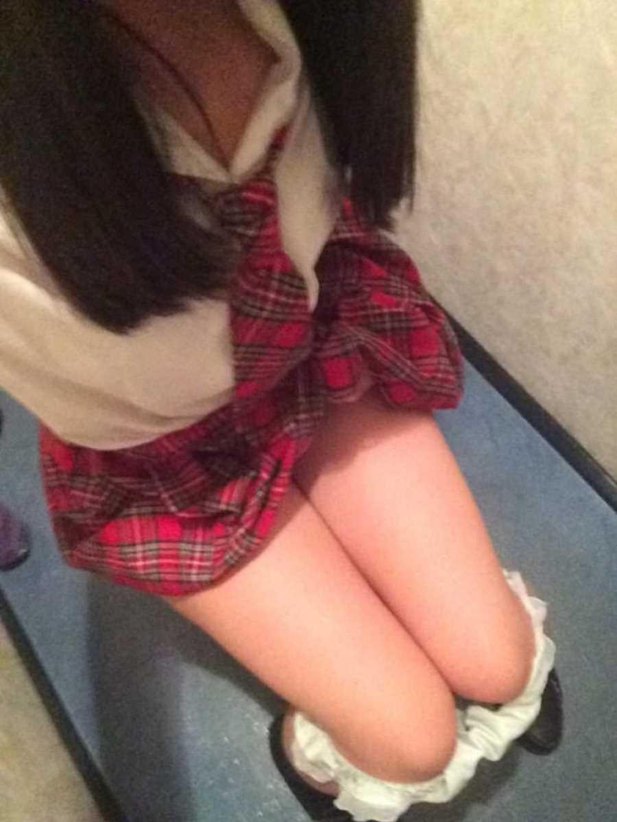 女子高生の自撮りエロ画像 137