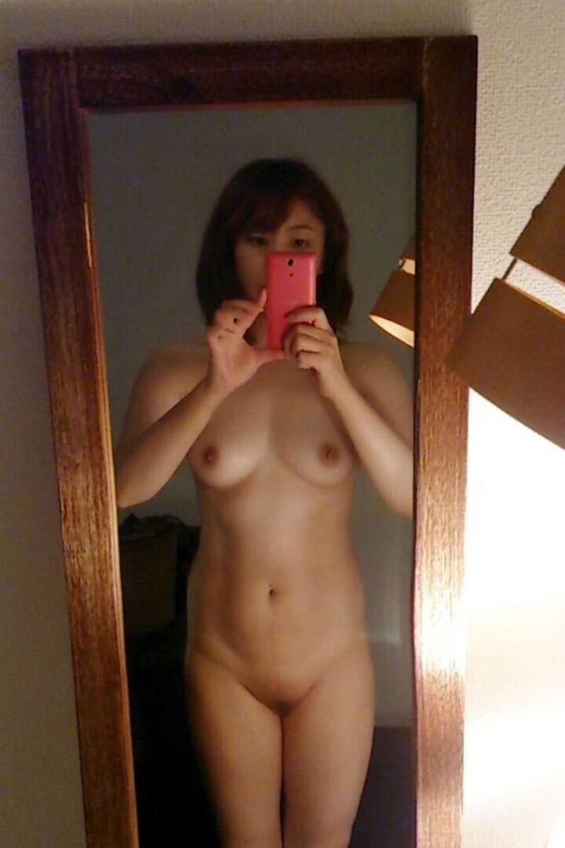 裸の素人 エロ画像 21