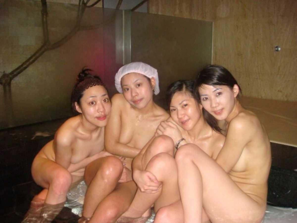 女子会 エロ画像 93