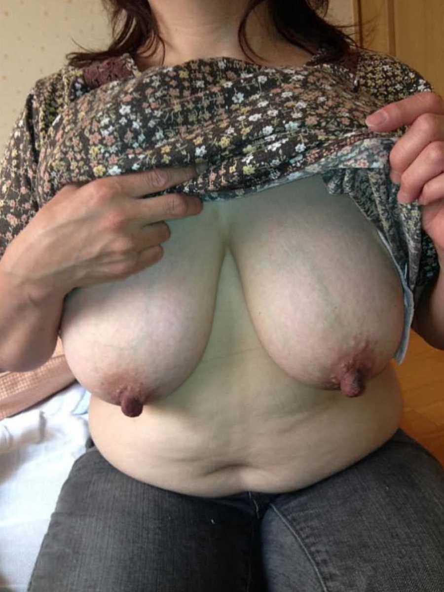 巨乳熟女おっぱい画像 37
