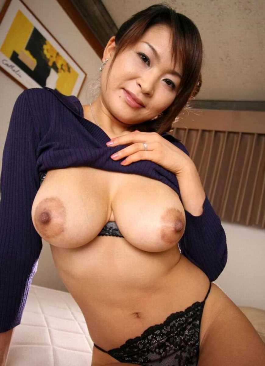 巨乳熟女おっぱい画像 69