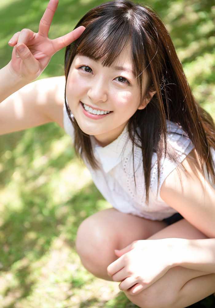 青空ひかり 笑顔が眩しい女子アナ系美少女のエロ画像