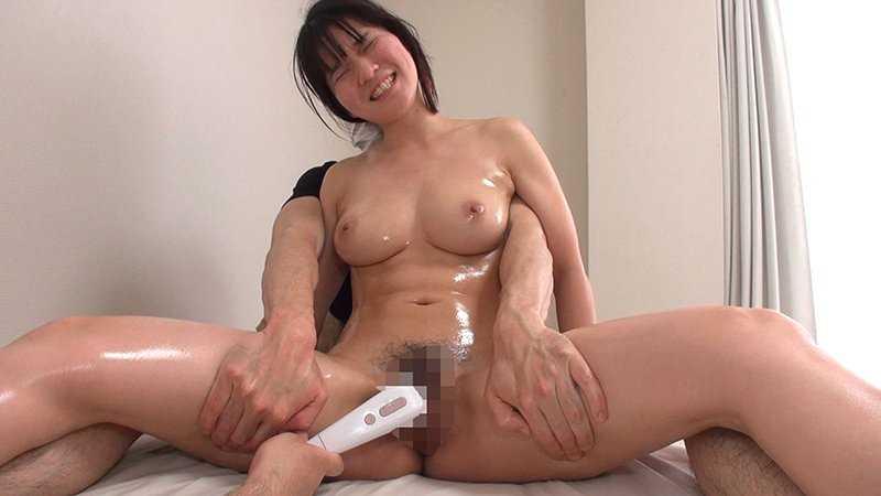 隠れ巨乳な女の子の半泣きアクメ画像 5