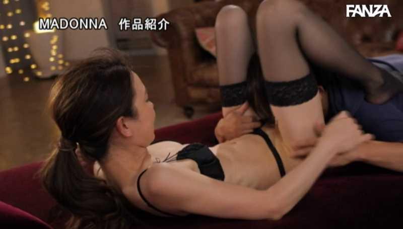 元ミセスモデル 佐野栞 エロ画像 51