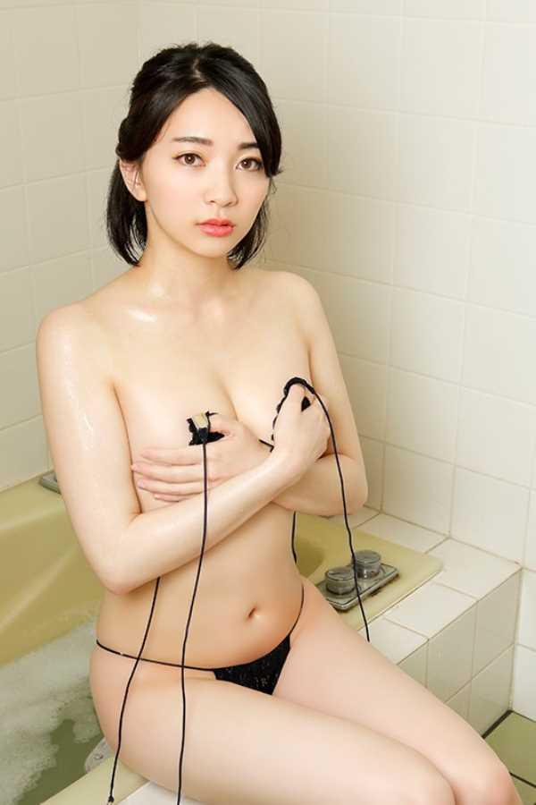 ド淫乱グラドル円さゆき(円さゆり)エロ画像 4