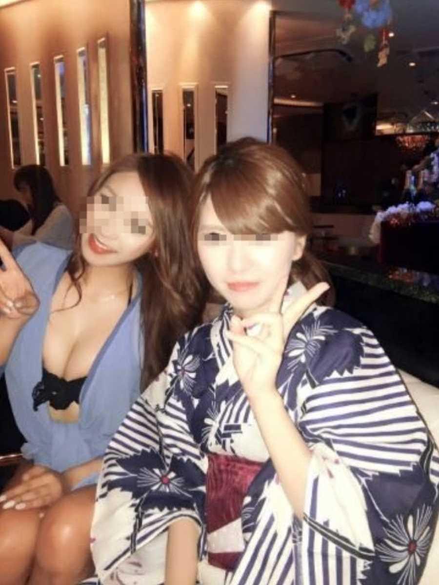 キャバ嬢 胸チラ エロ画像 89