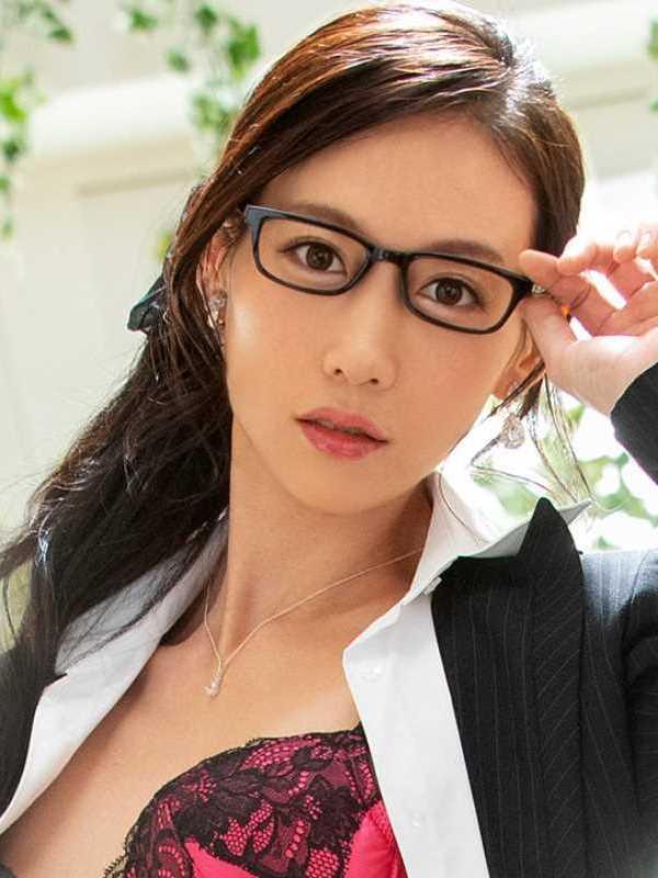 長身スレンダーソープ嬢 伊藤杏 エロ画像 1