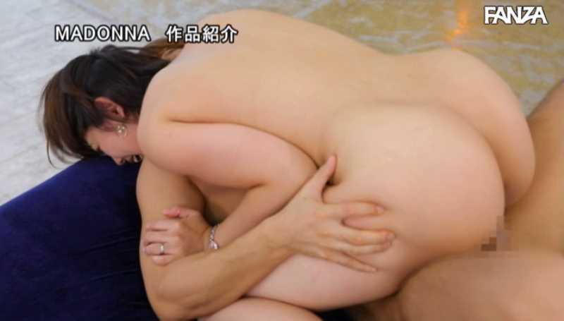 巨尻の人妻 七緒夕希 エロ画像 34