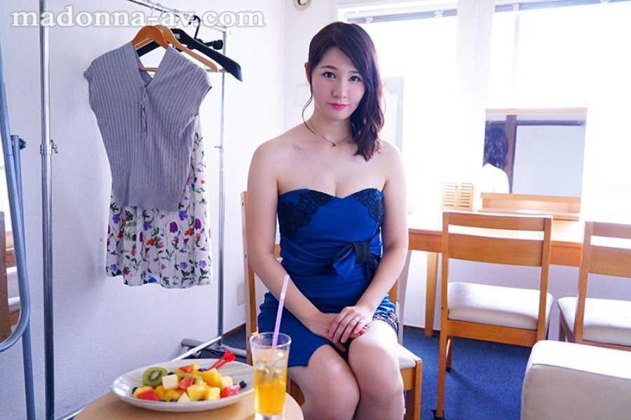 純白美肌の人妻 美森けい エロ画像 3