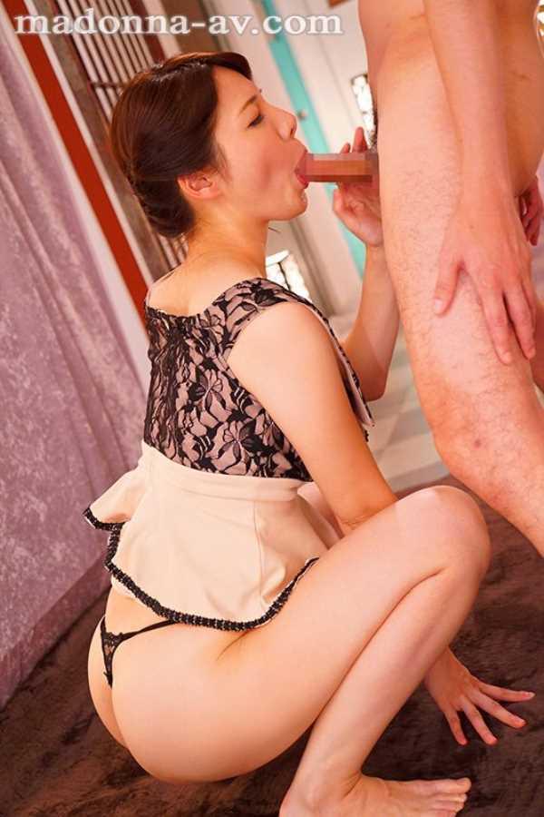 純白美肌の人妻 美森けい エロ画像 9