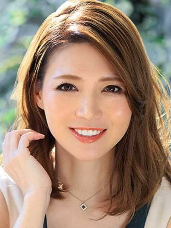 美しき人妻 米津響 エロ画像 1