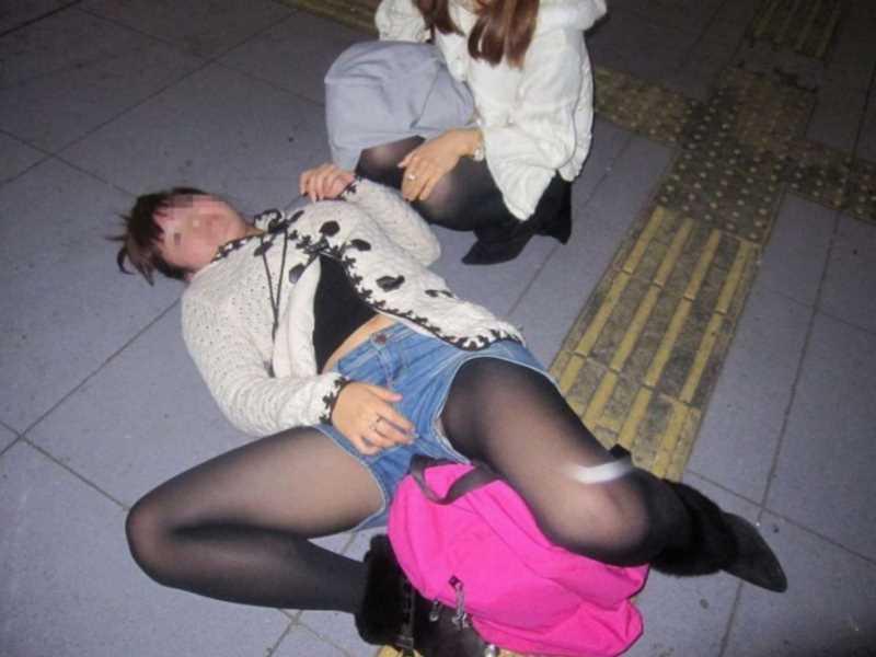 素人女性の泥酔エロ画像 10
