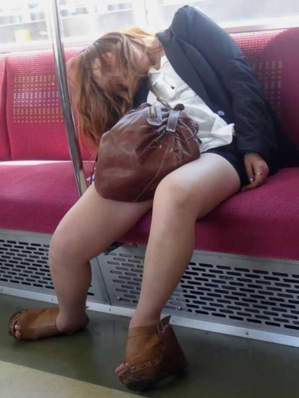素人女性の泥酔エロ画像 15