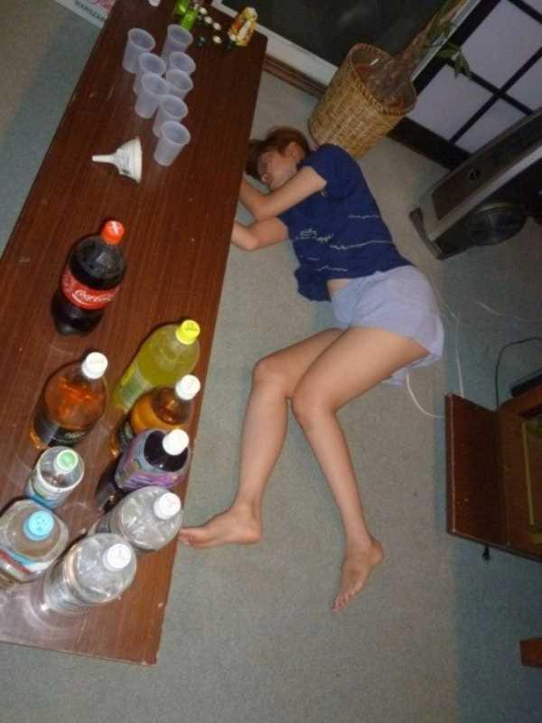 素人女性の泥酔エロ画像 21