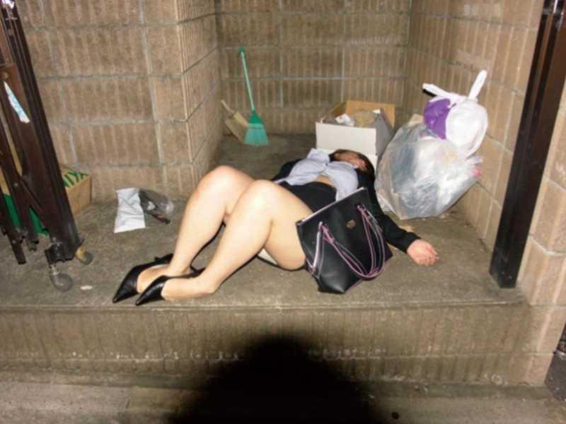 素人女性の泥酔エロ画像 48