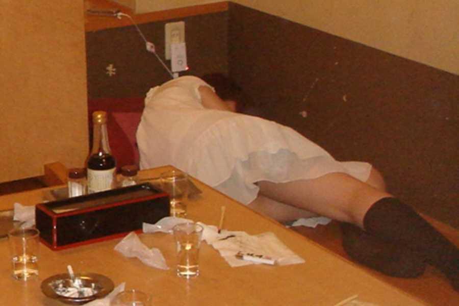 素人女性の泥酔エロ画像 106