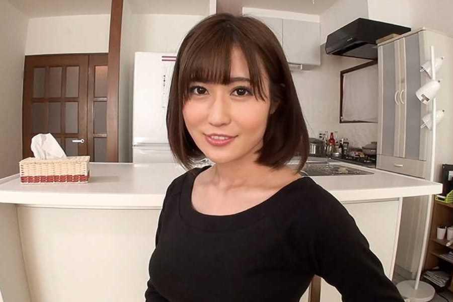 妖艶な人妻 藤森里穂 エロ画像 2