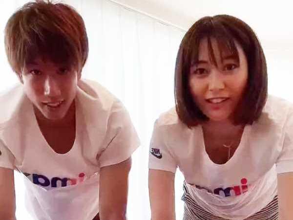 久冨慶子アナおっぱい丸見えハプニングのエロ画像 1