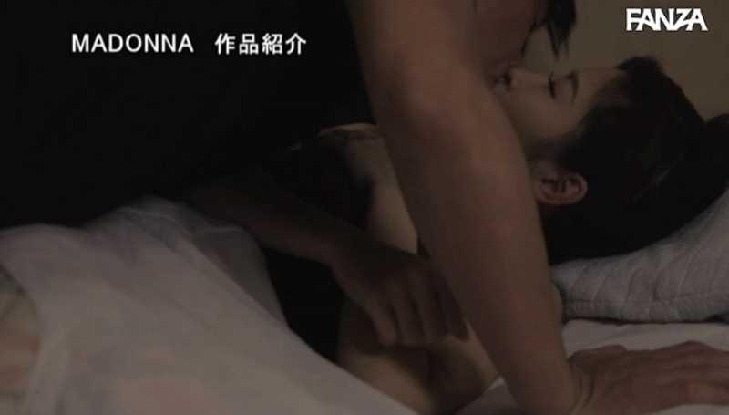 母乳ママの授乳セックス画像 56