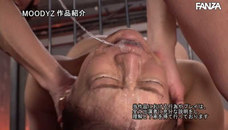 イラマチオの喉奥ごっくん画像 62