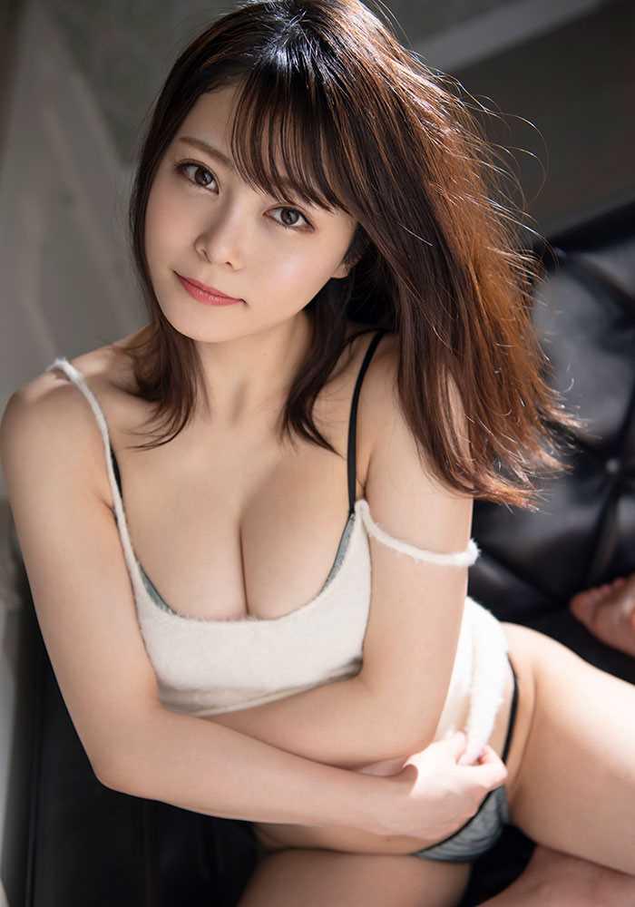 Gカップ美女 希代あみ エロ画像 3