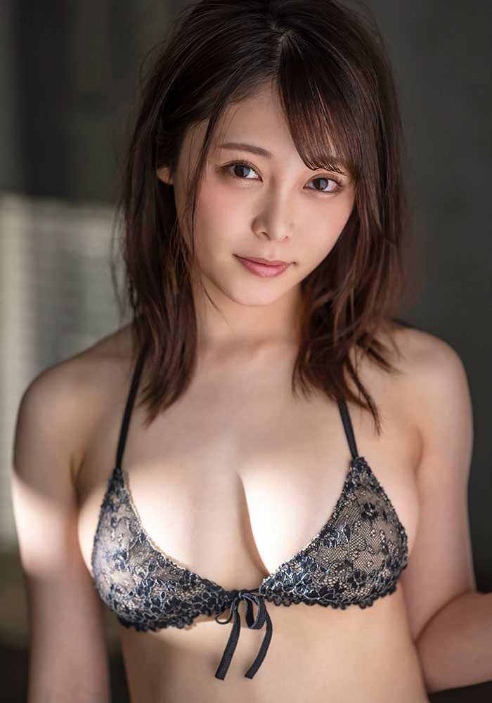 Gカップ美女 希代あみ エロ画像 4